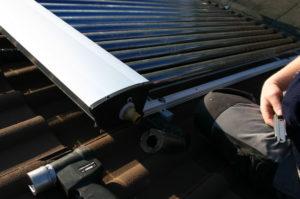 Anschließen der Solarleitungen